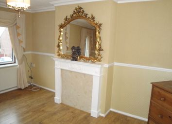 Thumbnail 2 bed flat for sale in Chelmsford Avenue, Romford