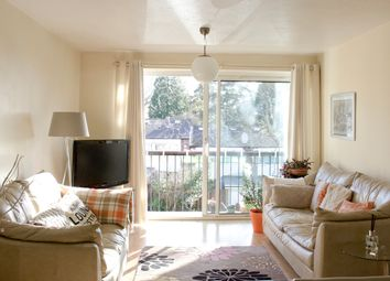 Thumbnail 3 bed flat to rent in Lingwood Close, Southampton