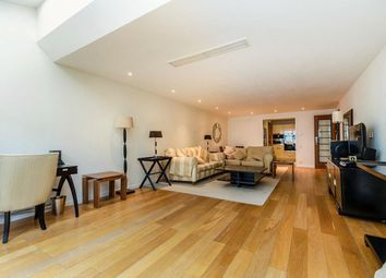 Thumbnail 2 bed flat to rent in 2 Bedroom Property In Harrods Court, Brompton Place, Knightsbridge