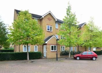Thumbnail 1 bed flat to rent in Ringwood Gardens, Isle Of Dogs