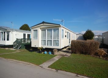 3 bed mobile/park home for sale in Green Lawns, Selsey, Chichester PO20