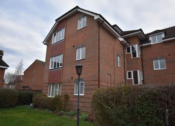 Thumbnail 2 bed flat to rent in Becket House, Oddfellows Road, Newbury