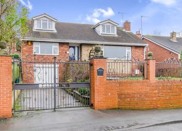 Thumbnail 3 bed detached house for sale in Close Road, Castleford