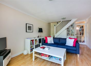 Thumbnail 2 bed detached house to rent in Linnet Mews, London