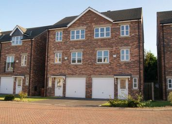 Thumbnail 4 bed town house to rent in Temple Court, Wakefield