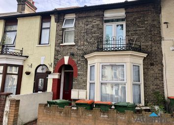Thumbnail 1 bed flat to rent in Bendish Road, East Ham