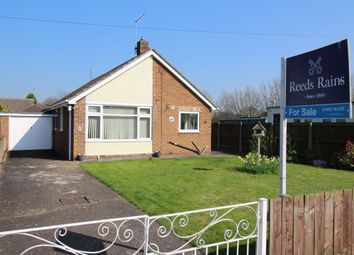 Thumbnail 3 bedroom bungalow for sale in Clementhorpe Road, Gilberdyke, Brough
