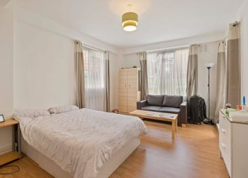 Room to rent in John Aird Court, London W2