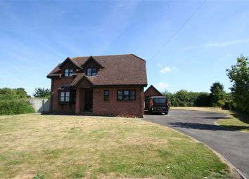 Thumbnail 3 bedroom detached house to rent in Long Lane, Cold Ash, Thatcham