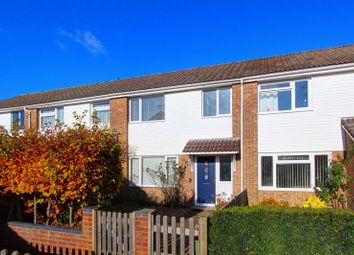 3 bed property for sale in Stapleford Close, Romsey, Hampshire SO51