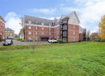 2 bed flat for sale in Milan Walk, Brentwood CM14