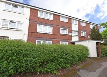 Thumbnail 2 bedroom flat for sale in Westerham Walk, Reading