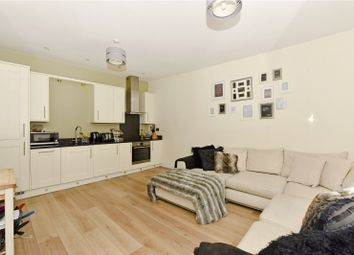 Thumbnail 2 bedroom flat to rent in Station Road, Marlow, Buckinghamshire