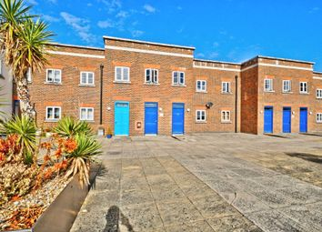 Thumbnail 2 bed flat for sale in Wedgewood Street, Aylesbury