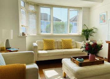 Thumbnail 2 bed flat to rent in Fulwood Gardens, Twickenham