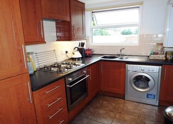 Thumbnail 2 bedroom flat to rent in Boscombe Cliff Road, Boscombe, Bournemouth
