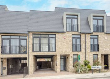 Thumbnail 4 bed property to rent in Minerva Way, High Barnet