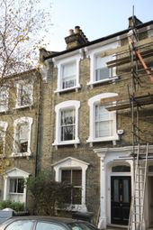 Thumbnail 2 bed duplex to rent in Quentin Road, London