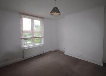 Thumbnail 1 bed flat to rent in Addiscombe Road, Croydon