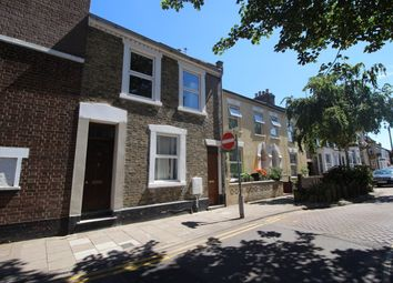 Thumbnail 3 bedroom flat to rent in Western Street, Bedford