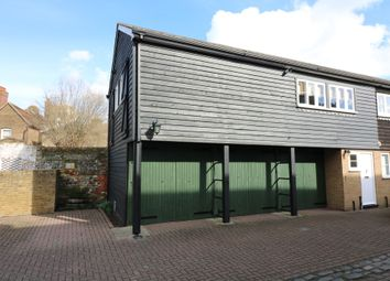 Thumbnail 2 bed flat to rent in Watts Yard, Sandwich