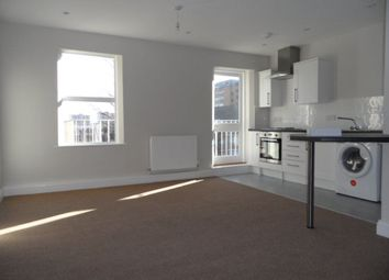 Thumbnail 1 bed flat to rent in George Street West, Luton