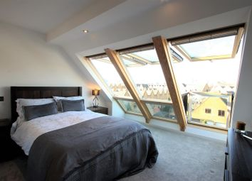 Thumbnail 3 bed terraced house for sale in Wellington Terrace, Wapping, London