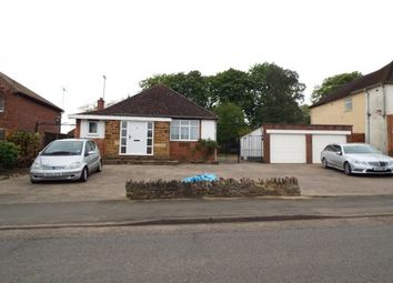 Thumbnail 2 bed bungalow to rent in Hall Avenue, Rushden