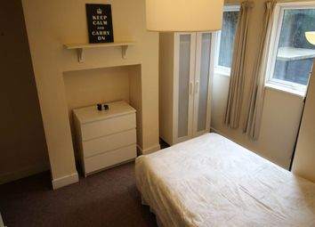 Thumbnail Room to rent in St Ann's Mount, Burley, Leeds