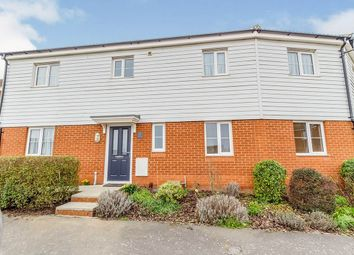 4 bed property to rent in Gudgeon Crescent, Hoo, Rochester ME3