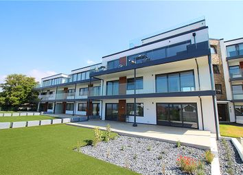 3 bed flat for sale in Canford Cliffs, Poole, Dorset BH13