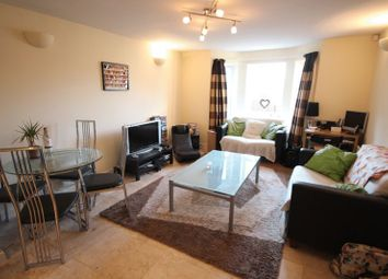 2 bed flat to rent in Station Approach, Leeds LS5