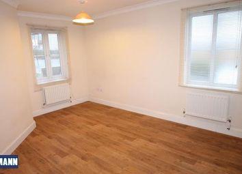 Thumbnail 2 bedroom flat to rent in Kings Court, Dartford, Kent