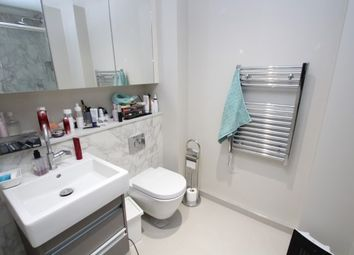 Thumbnail 1 bed flat to rent in 20 Wellesley Road, Croydon