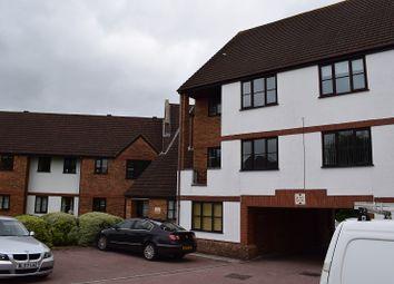 Thumbnail 3 bedroom flat for sale in Ridge Green, Swindon