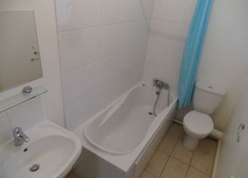 Thumbnail 1 bed property to rent in Goldington Avenue, Bedford