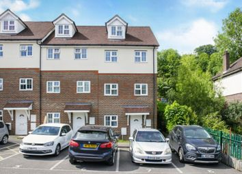 Thumbnail 2 bed flat for sale in Stafford Rise, Caterham