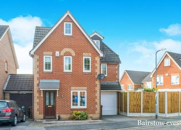 Thumbnail 6 bed detached house to rent in Triumph Close, Chafford Hundred, Grays