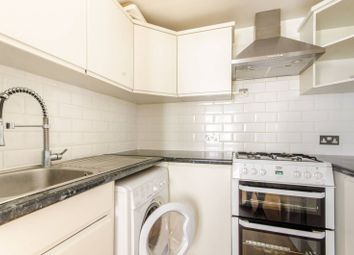 Thumbnail 2 bed flat to rent in Gruneisen Road, Finchley Central
