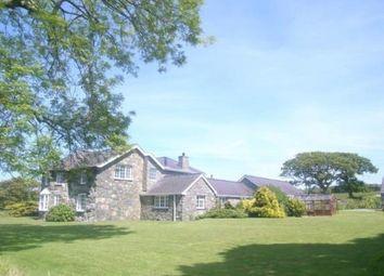 Thumbnail 4 bed bungalow for sale in Clynnog Road, Pontllyfni, Caernarfon, Gwynedd