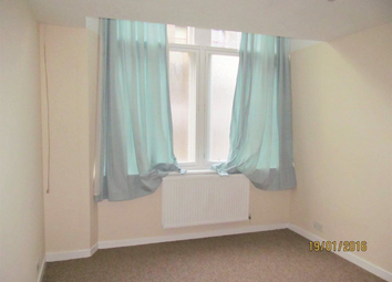 Thumbnail 2 bedroom flat to rent in Victoria Road, Dundee