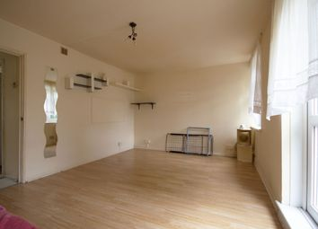 3 bed maisonette to rent in Grosvernor Rise East, Walthamstow E17