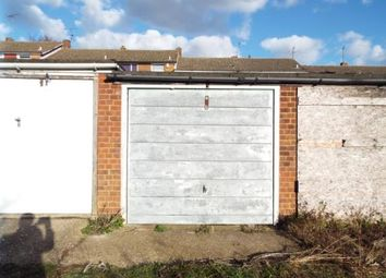Thumbnail Property for sale in Polzeath Close, Luton, Bedfordshire