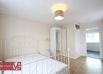 Thumbnail Room to rent in Station Road, Broxbourne