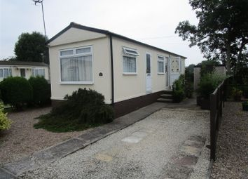 Thumbnail 2 bed mobile/park home for sale in St Oswalds Park, Dunham-On-Trent, Newark
