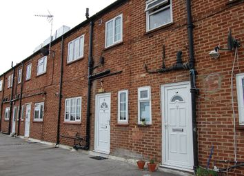 Thumbnail 3 bed maisonette to rent in Waverley Road, Slough