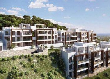 Thumbnail 3 bed apartment for sale in La Quinta, Benahavis, Andalucia, Spain