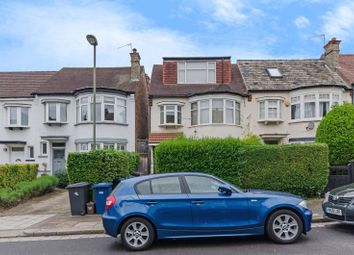 Thumbnail 2 bed flat to rent in Queens Avenue, North Finchley