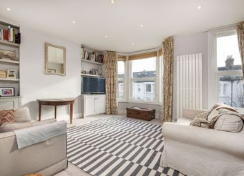 Keith Grove, London W12. 3 bed maisonette