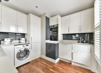 2 bed maisonette for sale in Summer Road, East Molesey KT8